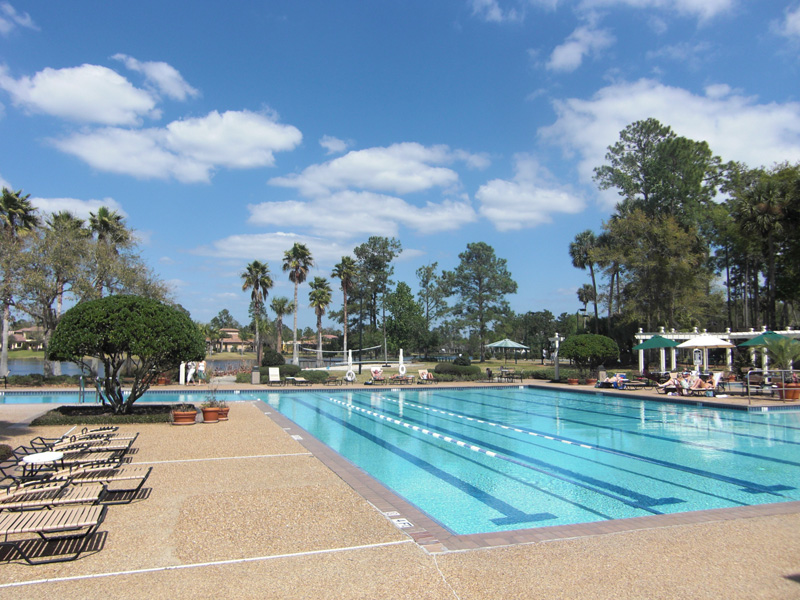 Lake Forest Community Pool