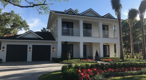 Dont Miss These Homes At The Orlando Parade Of 2017
