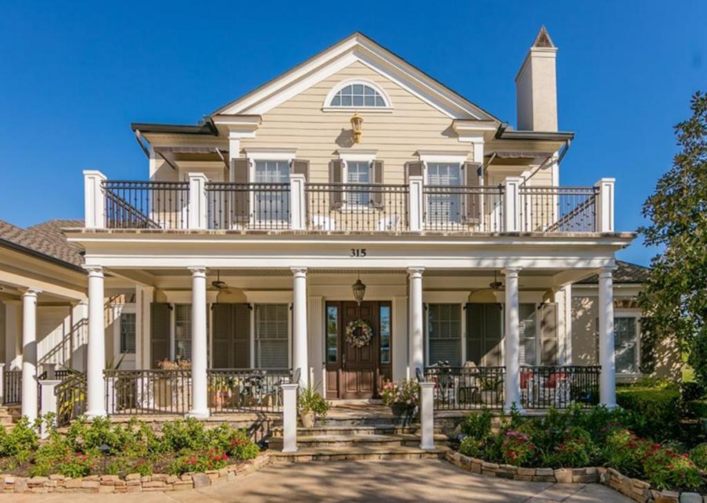 Better Homes & Gardens Fine Living - S4842323