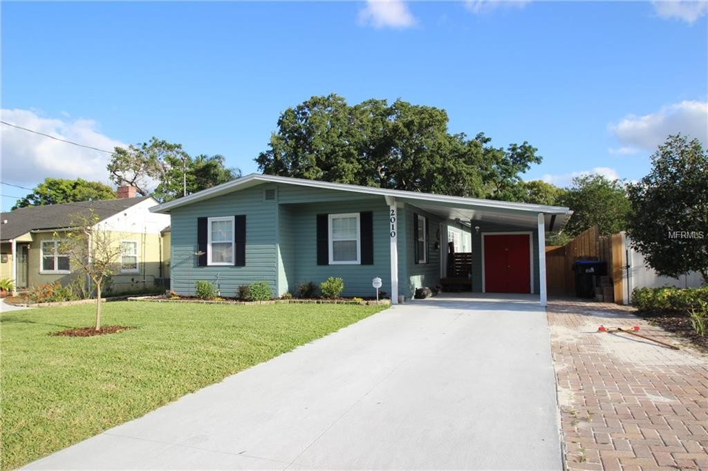 O5705090 COLDWELL BANKER RESIDENTIAL RE