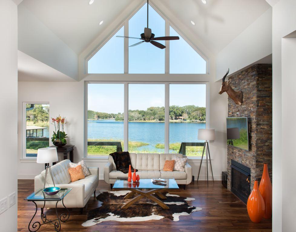Maitland Lake Front Lodge