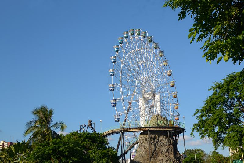 Orlando FL ferris wheel